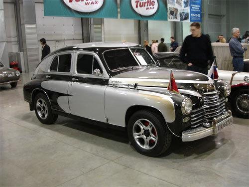 В сокольниках с 6 по 9 марта 2015 проходит удивительная выставка старинных автомобилей