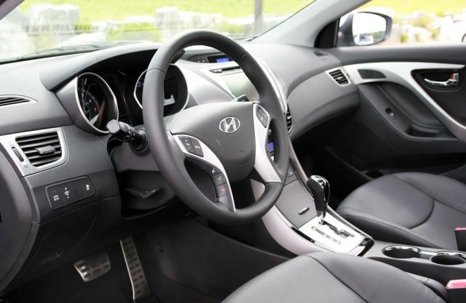Hyundai Avante/Elantra 2011