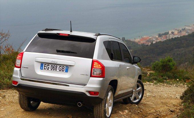 Jeep Compass 2011: Ближе к природе