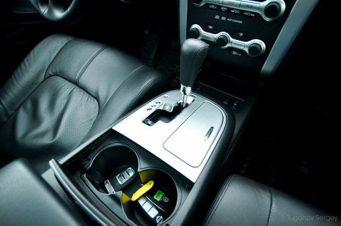 Подстаканники – обязательная черта ориентированного на Америку автомобиля.