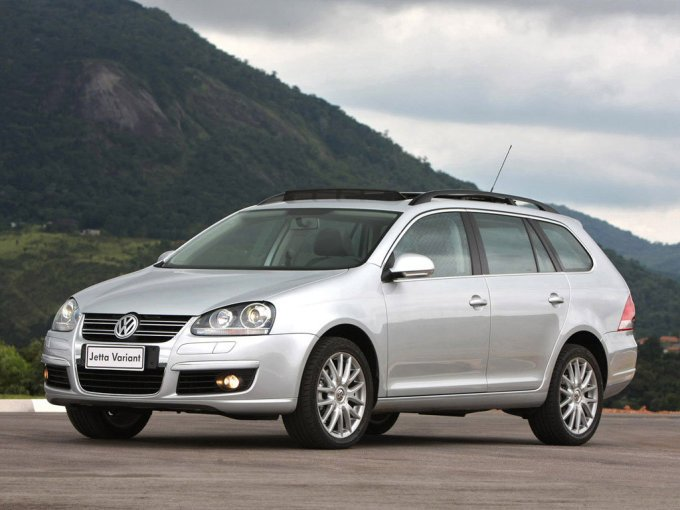 Универсал Volkswagen Jetta Variant 2007–2010 нечастный гость на наших дорогах.