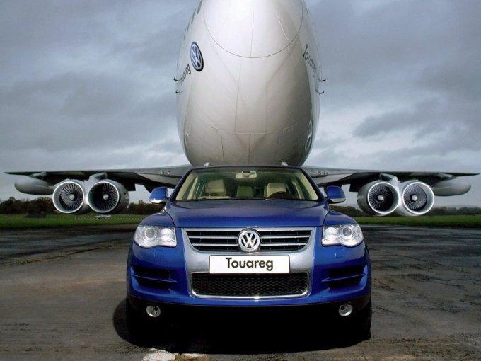 Самый известный Touareg, способный утащить за собой Боинг 747, оснащался могучим V10 TDI.