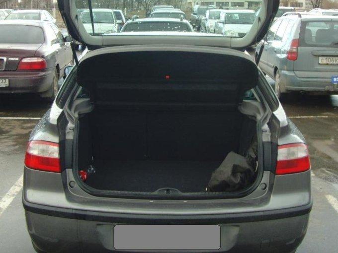 Багажное отделение имеет немалый объем – 430/1330 л.