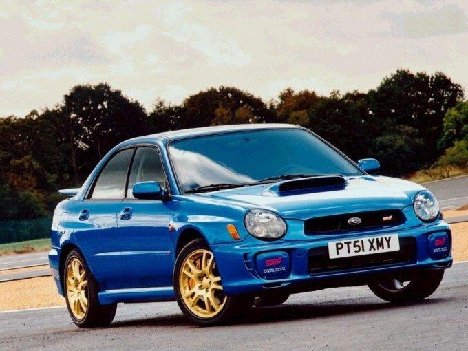 Subaru Impreza WRX в кузове седан с фарами «жука», выпускался до 2002 года.