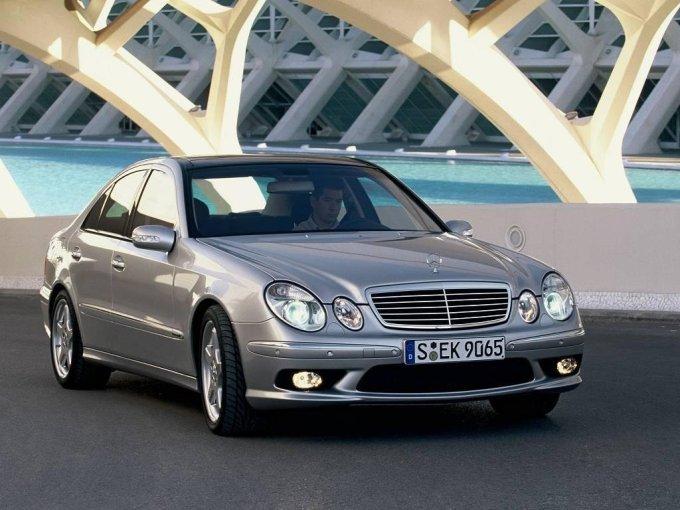 Mercedes-Benz E-Сlass W211 – премиум бизнес-класс