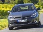 Opel Astra Sedan 2013: Услада для русских