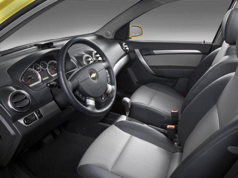панель автомобиля шивроле авео 1.6
