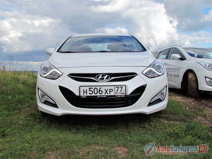 «Солярис»? Нет, Hyundai i40. Отличить в зеркале заднего вида не просто…