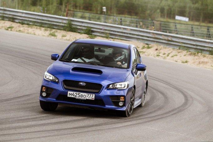 По данным Subaru, снизились крены. Теперь они на 19% меньше