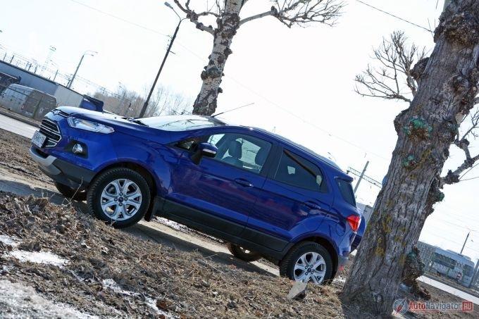 К дебюту новинки ниша уже была обжита, поэтому Ford мог прочно освоиться в ней только, предложив что-то особенно выгодное