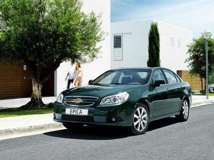 Chevrolet Epica (2010-2012). Техническую начинку рестайлинг практически не затронул, как и дизайн передней части