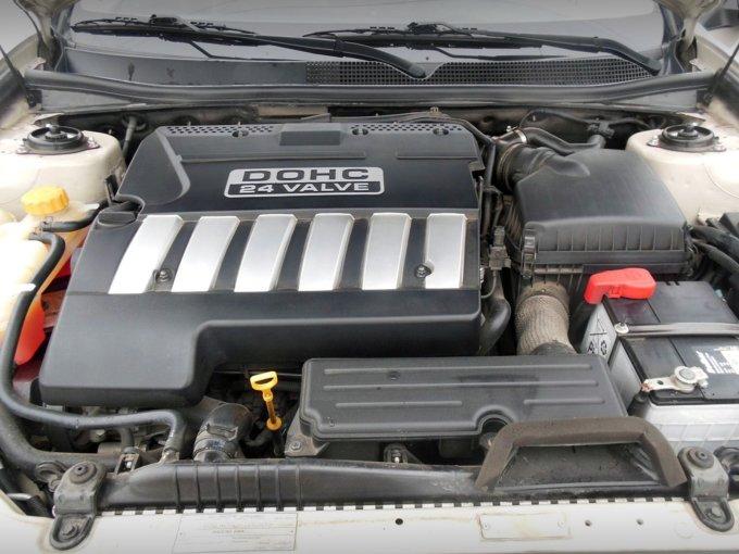 Моторная линейка довольно скудная, но характеристики двигателей достойны похвалы