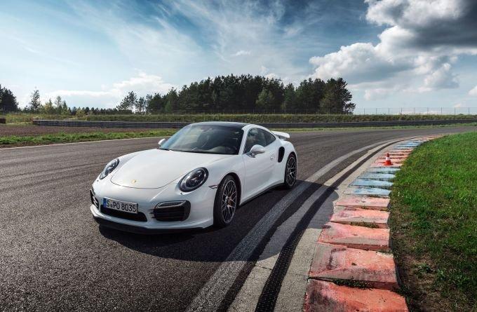 Porsche 911 Turbo S – глава всех «девятьсот одиннадцатых»…