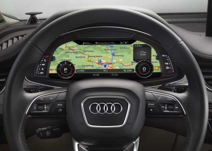 Некоторые версии Q7 оснащаются виртуальной панелью приборов Audi virtual cockpit