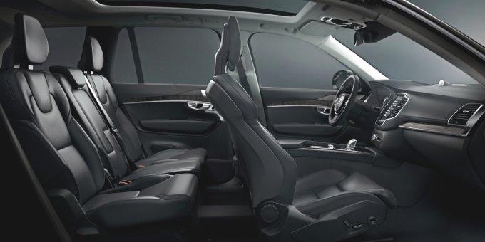 В дорогих комплектациях, например - Inscription, Volvo XC90 щеголяет превосходными анатомическими креслами, оснащенными подогревом, вентиляцией, функцией массажа и массой электрических регулировок