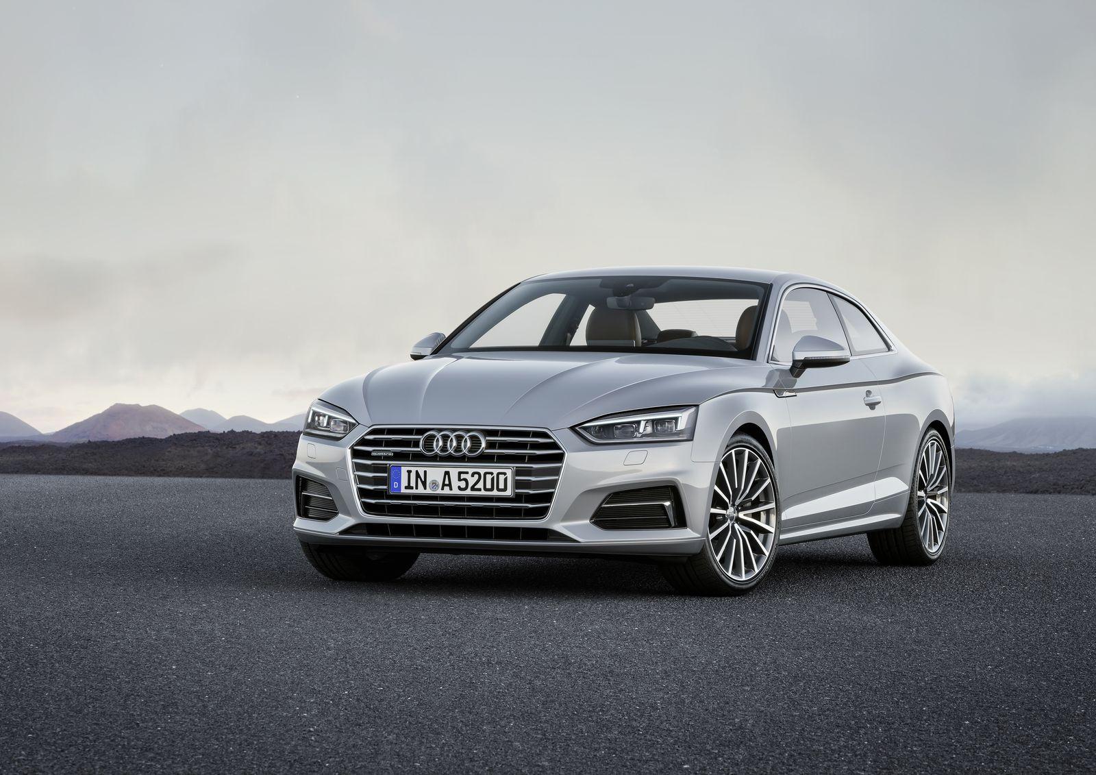 Субъективно сильнее всего дизайн нового Audi A5 поменялся именно впереди