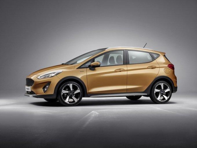 Одной из самых интересных комплектаций Ford Fieste New станет Active — это будет псевдовнедорожная комплектация с увеличенным клиренсом и пластиковым обвесом по периметру кузова. А вот версию с полным приводом вряд ли стоит ждать