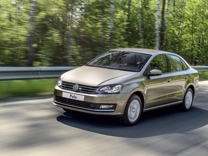 Volkswagen Polo Sedan 2015-. Теперь он больше походит на «старшеклассника» по имени Passat