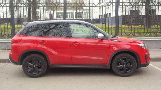Suzuki Vitara S 2016: Тонкая красная линия
