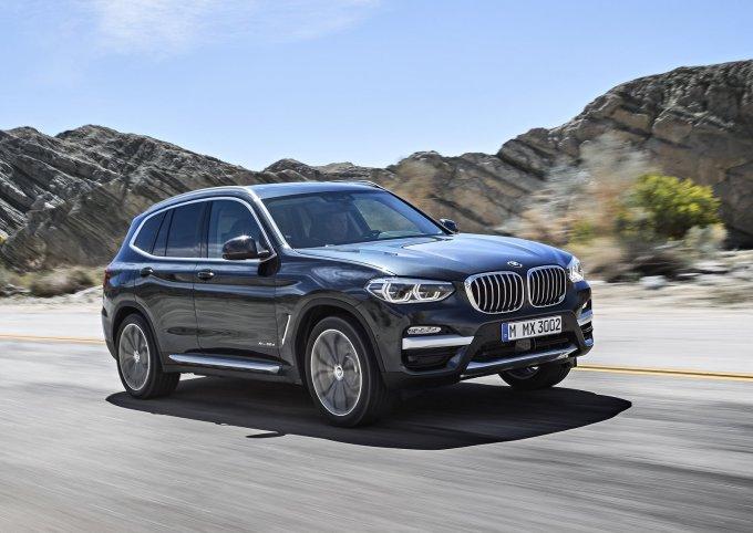 Новый полноприводный BMW X3 отличается более широким набором базового оборудования, чем BMW X3 предыдущего поколения