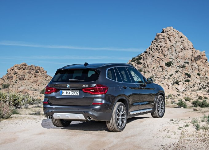 На отечественном рынке третье поколение BMW X3 будет представлено в пяти вариациях