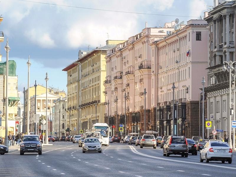 Руководитель ГИБДД считает столицу самым неопасным городом Российской Федерации