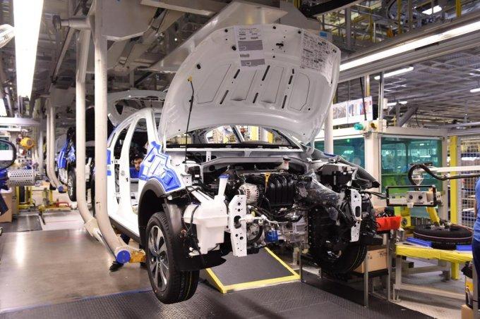 В рамках испытаний новый кросс-хэтчбек прошел более 230 000 км дополнительно к 850 000 тестовых километров, пройденным седаном KIA Rio нового поколения