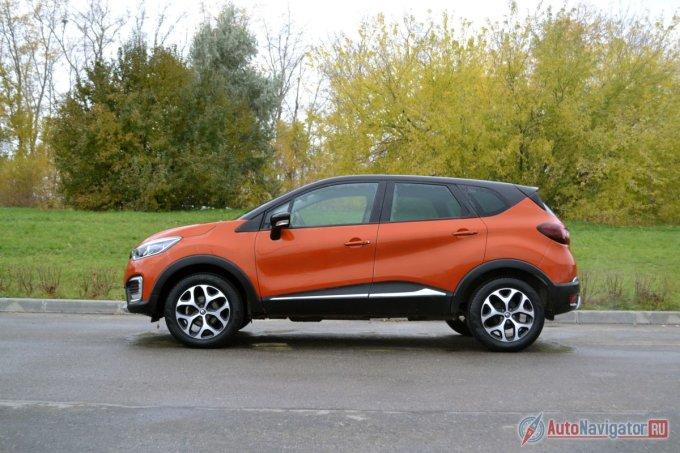 Тестовый автомобиль на фото в максимальной комплектации, да ещё и опциональным пакетом оформления салона «Orange» стоит больше 1,2 миллиона рублей. Дороже только Kaptur Extreme