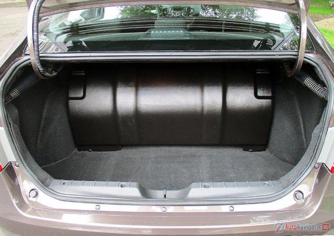 Так выглядит багажник после установки баллона