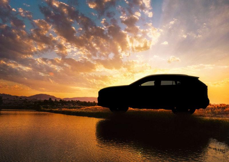 Тойота RAV4 обновленного поколения покажут вНью-Йорке вконце марта