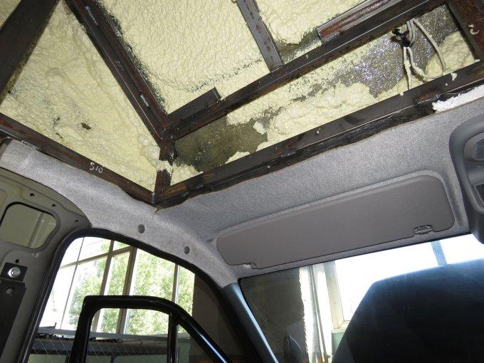 Спальник «Луидор-Тюнинг» изнутри утеплен монтажной пеной (за исключением задней стенки)