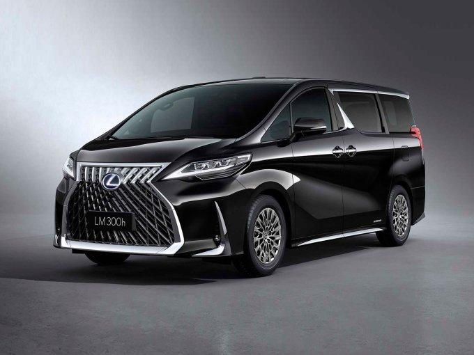 Люксовый минивэн Lexus LM оказался дорогим, появится ли он в России?