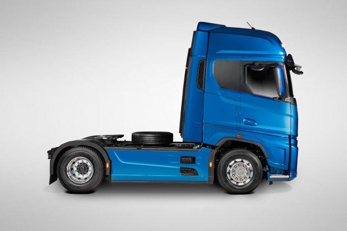 Новый грузовик Ford F-MAX начали собирать в России