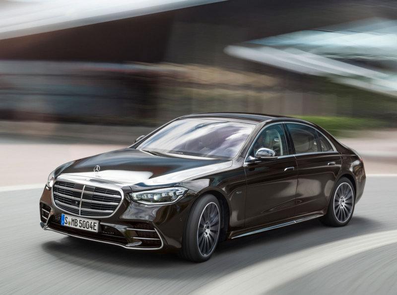 Озвучена цена нового Mercedes S-класса в России - Авто Mail.ru