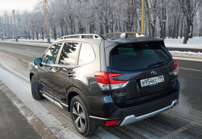 Subaru Forester пятого поколения: Он консерватор